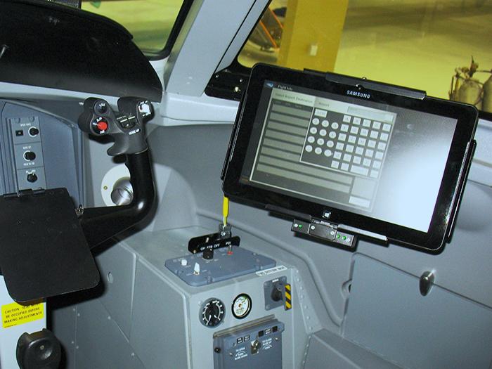 gee-navaero-ativ_pdi_cockpit